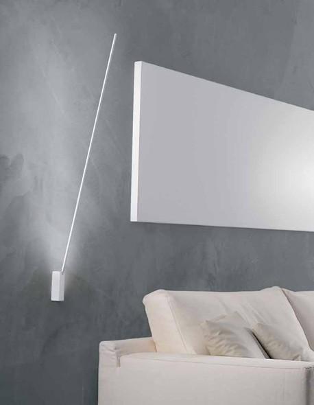 Lampada Da Sofo E Parete Dal Design Lineare Con Asta Orientabile
